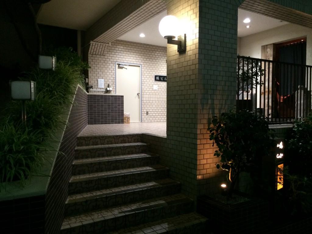 椿堂入り口